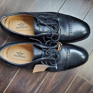 Dockers black dress shoes size 8.5
